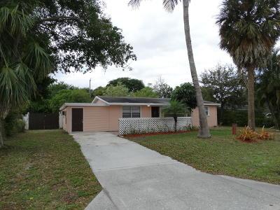 West Palm Beach Single Family Home For Sale: 9357 Sun Court
