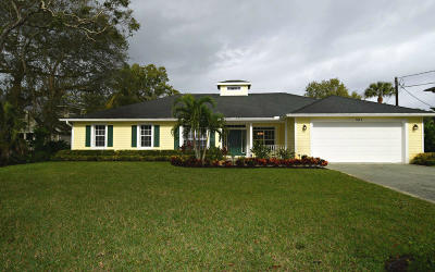 Martin County Single Family Home For Sale: 531 SW Timber Trail