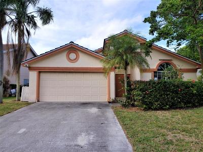 Boynton Beach Single Family Home For Sale: 8610 Tourmaline Boulevard