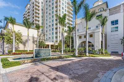 Boynton Beach Condo For Sale: 400 Federal Highway #204s