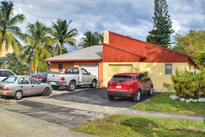 Delray Beach FL Single Family Home For Sale: $169,000