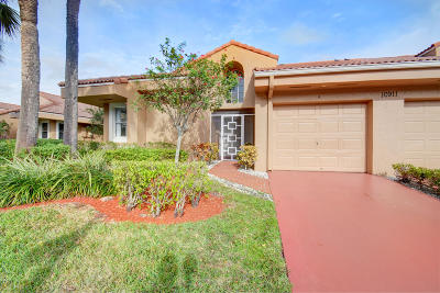Boca Raton Single Family Home For Sale: 10911 Lakemore Lane #A