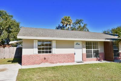 Stuart Single Family Home Contingent: 85 SE Millwood Terrace
