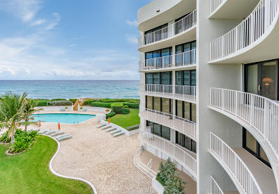 Palm Beach Condo For Sale: 3360 S Ocean Boulevard #4 B Il