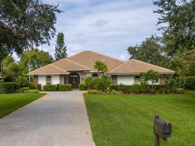 Martin County Single Family Home For Sale: 6395 SE Oakmont Place