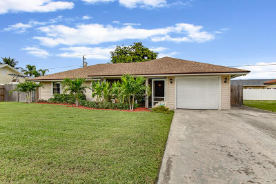 Boynton Beach Single Family Home For Sale: 3919 Dorrit Avenue
