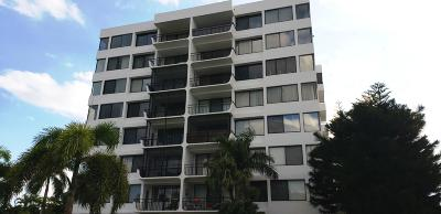 West Palm Beach Condo For Sale: 1500 Presidential Way #104