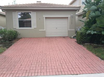 West Palm Beach FL Single Family Home For Sale: $249,990