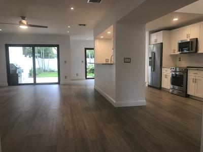 Delray Beach Townhouse For Sale: 3481 Harbor Circle
