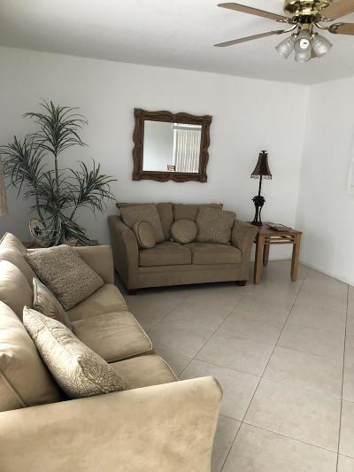West Palm Beach Condo For Sale: 176 Easthampton H