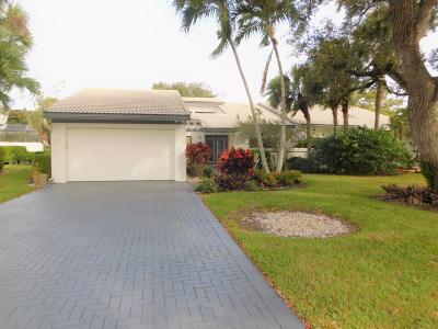 Boynton Beach Single Family Home For Sale: 74 Cambridge Lane #0740