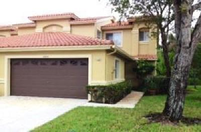 Boca Raton FL Townhouse For Sale: $310,000
