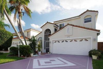 Greenacres Single Family Home For Sale: 129 Woodlake Circle