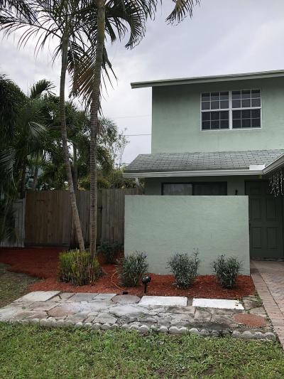 Delray Beach Townhouse For Sale: 3024 Spanish Trail