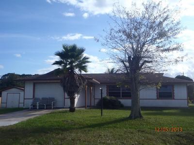 Fort Pierce Single Family Home For Sale: 1051 Bradley Street