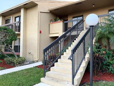 Delray Beach Condo For Sale: 5152 Golfview Court #1825