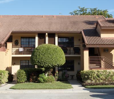 Boynton Beach Condo For Sale: 11268 Aspen Glen Drive #103