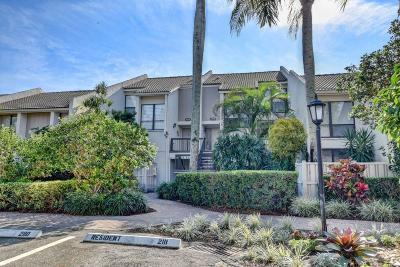 Boca Raton Townhouse For Sale: 2108 Bridgewood Drive