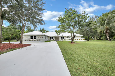 West Palm Beach Single Family Home For Sale: 8826 Wendy Lane S