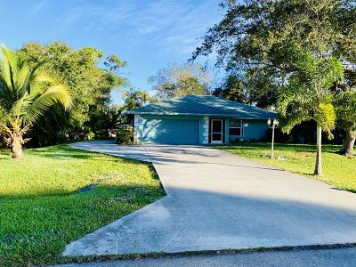 Fort Pierce Single Family Home For Sale: 8404 Santa Clara Boulevard