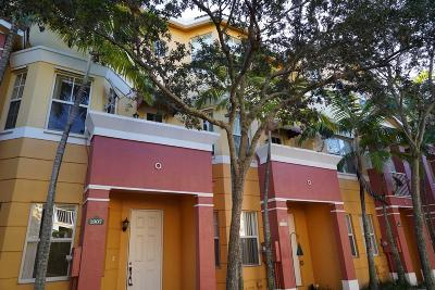 Royal Palm Beach Townhouse Contingent: 1907 Shoma Drive
