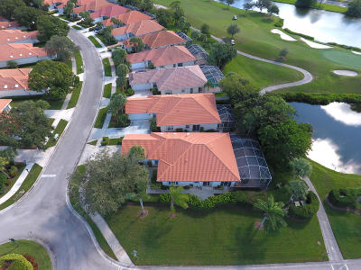Lost Lake, Lost Lake @ Hobe Sound P.u.d., Lost Lake, Double Tree, Lost Lake At Hobe Sound Pud, Double Tree, Double Tree Plat 1, Double Tree, Lost Lake Single Family Home For Sale: 8001 SE Double Tree Drive