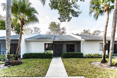 Royal Palm Beach Townhouse For Auction: 104 Sunshine Boulevard