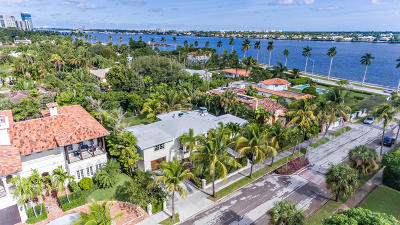 West Palm Beach Single Family Home For Sale: 201 Pershing Way