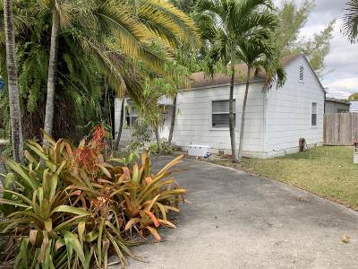 Miami Single Family Home For Sale: 5891 SW 60th Street