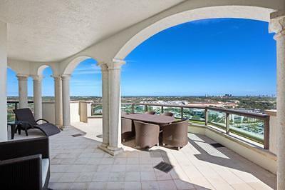 Palm Beach Gardens Condo For Sale: 3610 Gardens Parkway #1502a