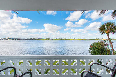 Palm Beach Condo For Sale: 2840 S Ocean Boulevard #226
