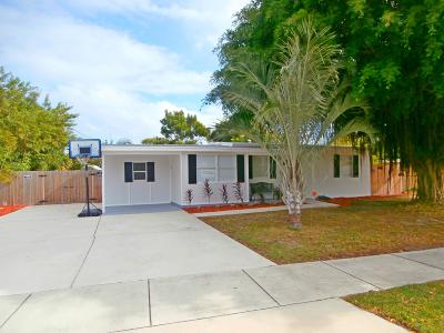 Pompano Beach Single Family Home Contingent: 5216 NE 19th Avenue