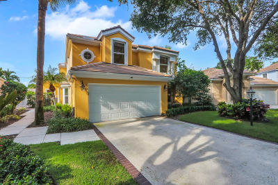 Juno Beach Single Family Home For Sale: 18 Grand Bay Circle