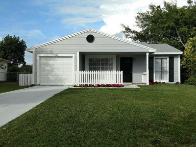 Boynton Beach Single Family Home For Sale: 9220 Carma Drive