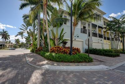 Delray Beach Townhouse For Sale: 212 S Latitude Circle