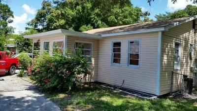 Fort Pierce Single Family Home For Sale: 2506 SW Delaware Avenue