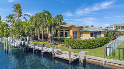North Palm Beach Single Family Home For Sale: 708 Kittyhawk Way