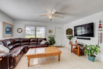 Pompano Beach Single Family Home For Sale: 2920 E Golf Boulevard