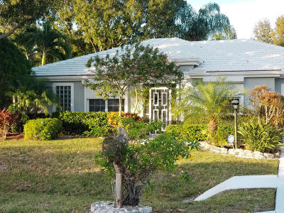 Tequesta Single Family Home For Sale: 9141 SE Deerberry Place