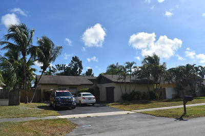 Deerfield Beach Single Family Home For Sale: 300 NW 40th Terrace
