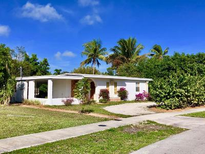 Pompano Beach Single Family Home Contingent: 1611 NE 44 Street