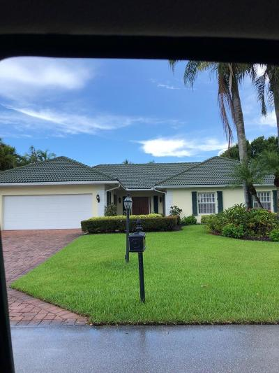 Boynton Beach Single Family Home For Sale: 4576 S Lake Drive