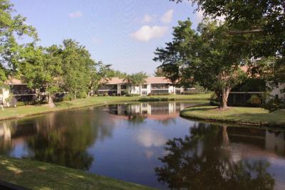 Boca Raton Condo For Sale: 6748 Willow Wood Drive #1306