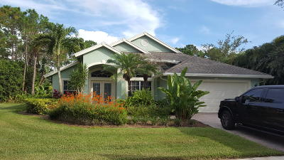 Stuart Single Family Home For Sale: 8569 SW Sea Captain Drive