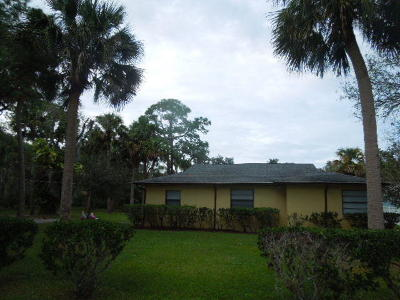 Fort Pierce Single Family Home For Sale: 2590 Rainbow Drive