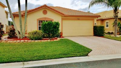 Boynton Beach Single Family Home For Sale: 7764 Colony Lake Drive