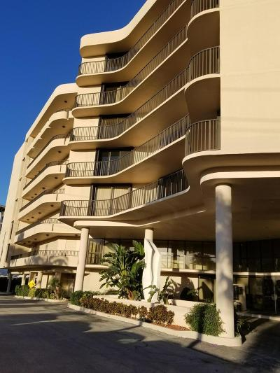 South Palm Beach Condo For Sale: 3610 S Ocean Boulevard #510