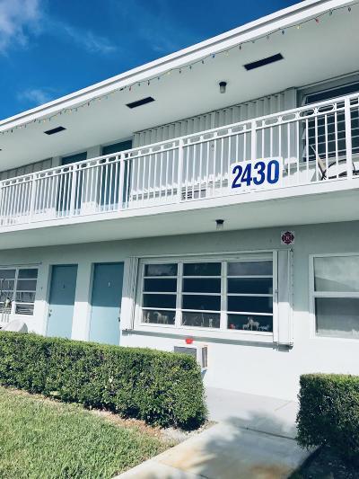 Boynton Beach Condo For Sale: 2430 S Federal Highway #5