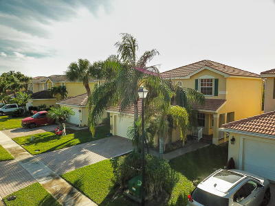 Greenacres Single Family Home For Sale: 5014 Starblaze Drive Drive