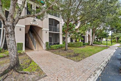 Palm Beach Gardens Condo Contingent: 2724 Anzio Court #302